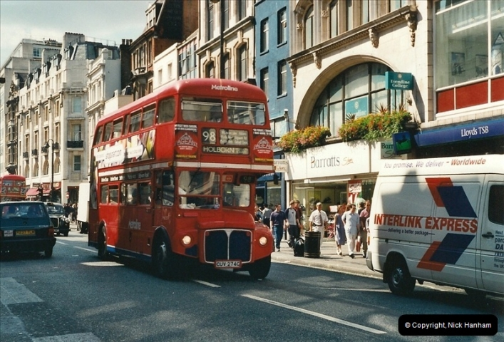 London Buses 1963 to 2007.  (413) 413