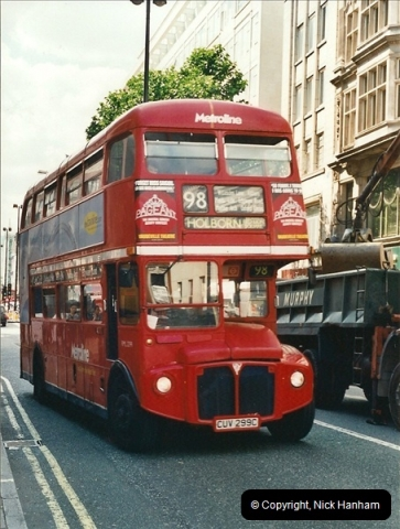 London Buses 1963 to 2007.  (415) 415