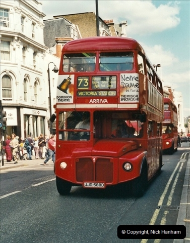 London Buses 1963 to 2007.  (422) 422