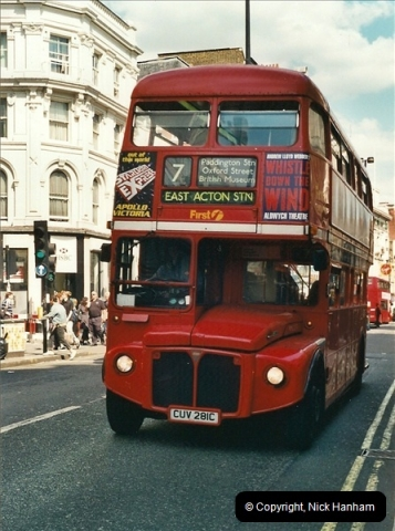 London Buses 1963 to 2007.  (425) 425