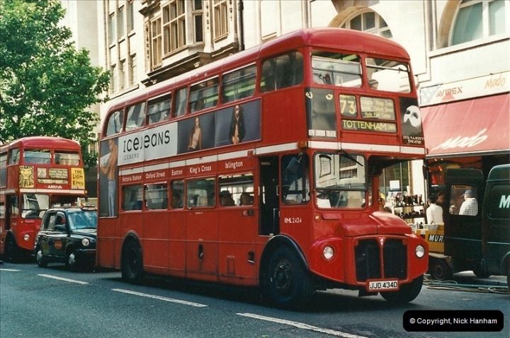 London Buses 1963 to 2007.  (427) 427