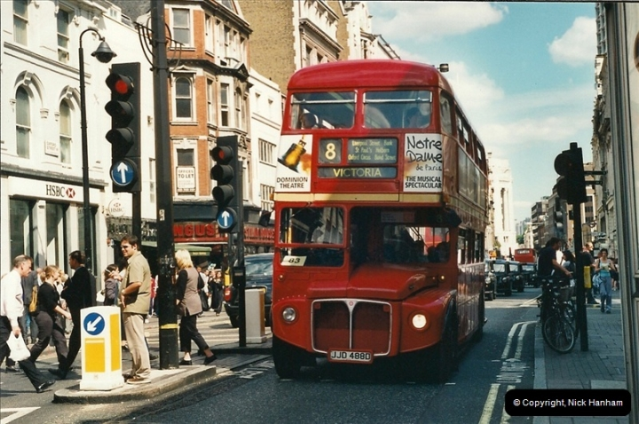 London Buses 1963 to 2007.  (428) 428