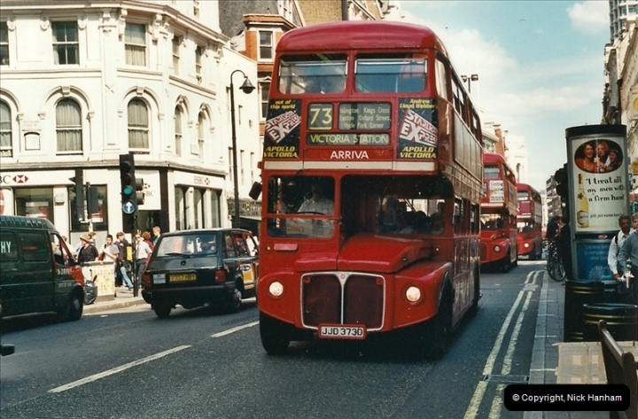 London Buses 1963 to 2007.  (429) 429
