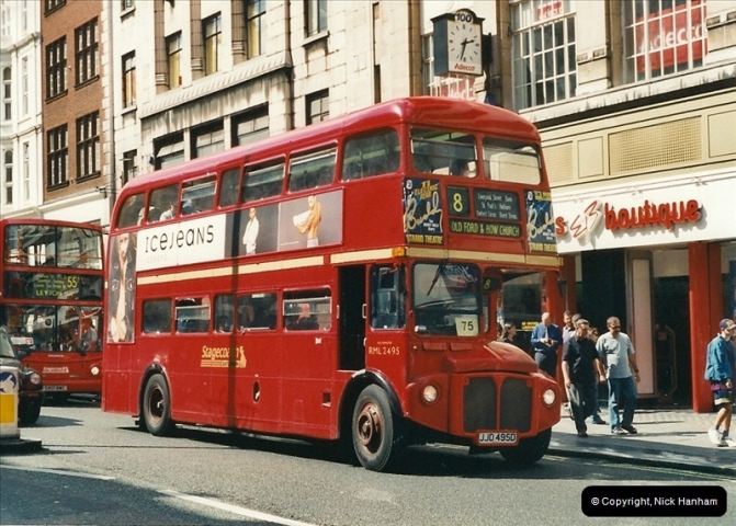 London Buses 1963 to 2007.  (431) 431