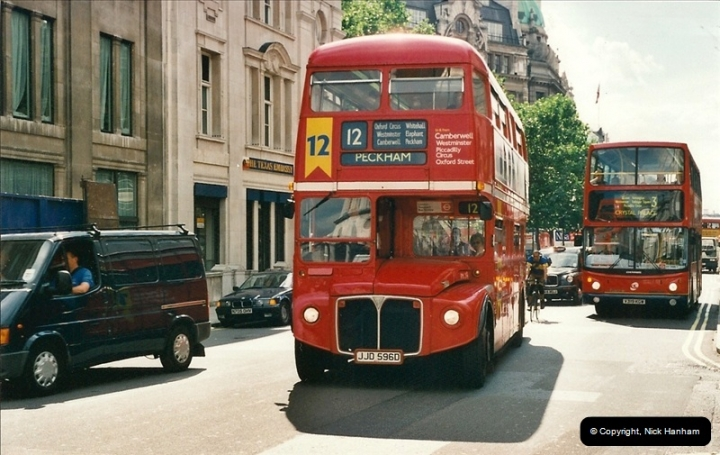 London Buses 1963 to 2007.  (439) 439