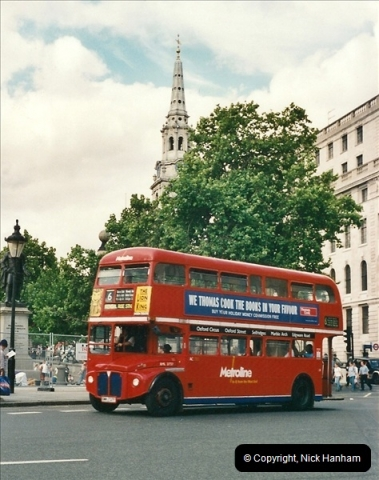London Buses 1963 to 2007.  (447) 447