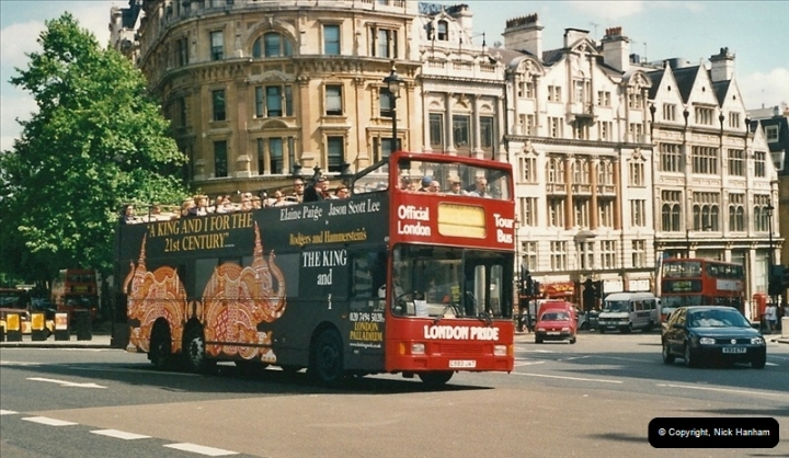 London Buses 1963 to 2007.  (451) 451