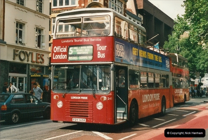 London Buses 1963 to 2007.  (477) 477
