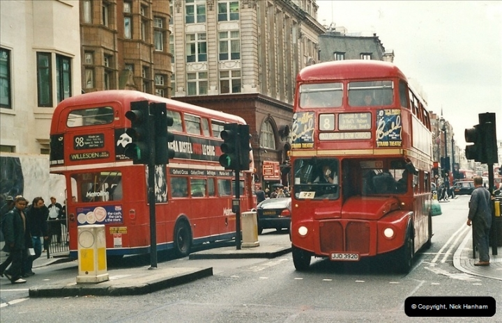 London Buses 1963 to 2007.  (488) 488
