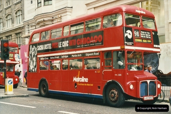 London Buses 1963 to 2007.  (489) 489