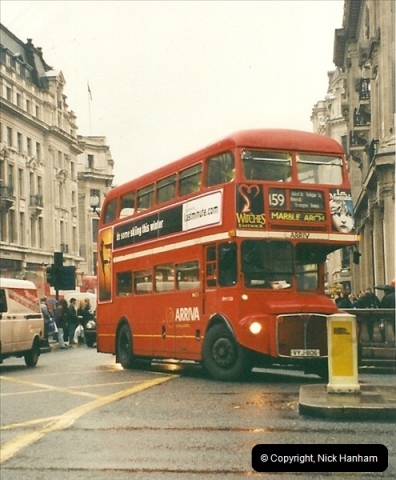 London Buses 1963 to 2007.  (522) 522