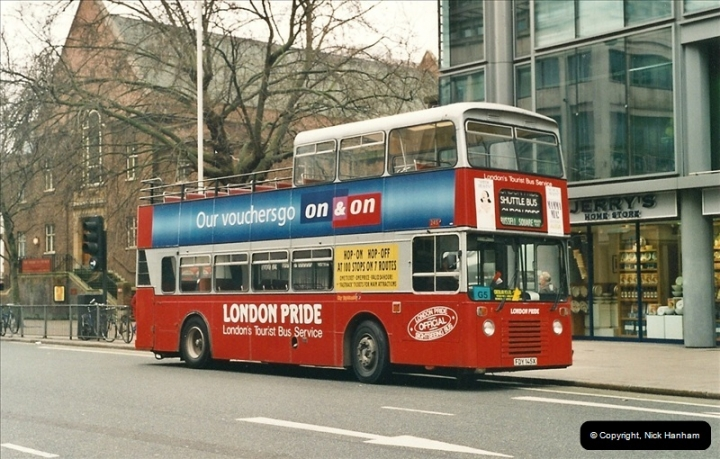 London Buses 1963 to 2007.  (524) 524