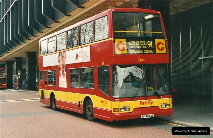 London Buses 1963 to 2007.  (527) 527