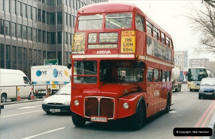 London Buses 1963 to 2007.  (529) 529
