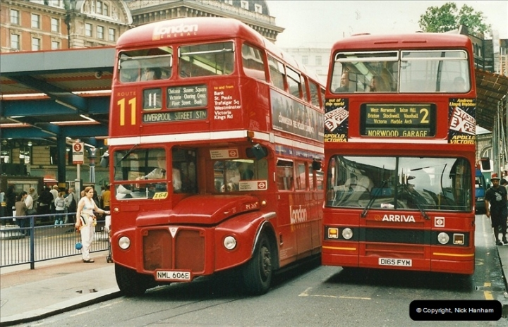 London Buses 1963 to 2007.  (537) 537