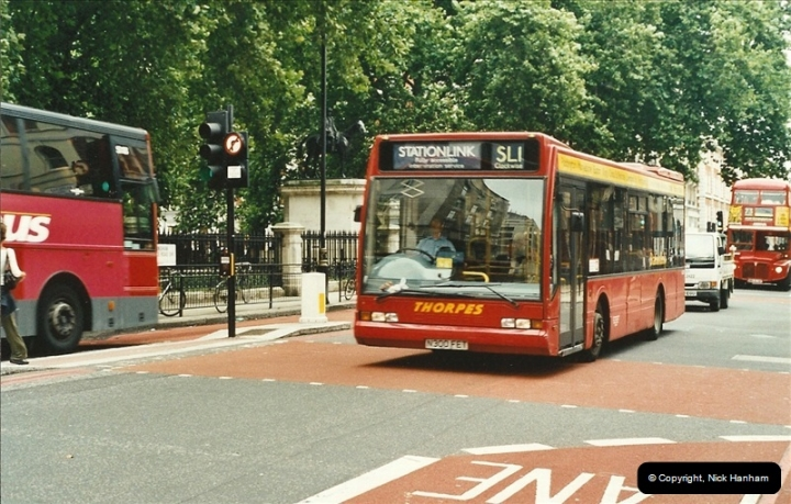 London Buses 1963 to 2007.  (568) 568