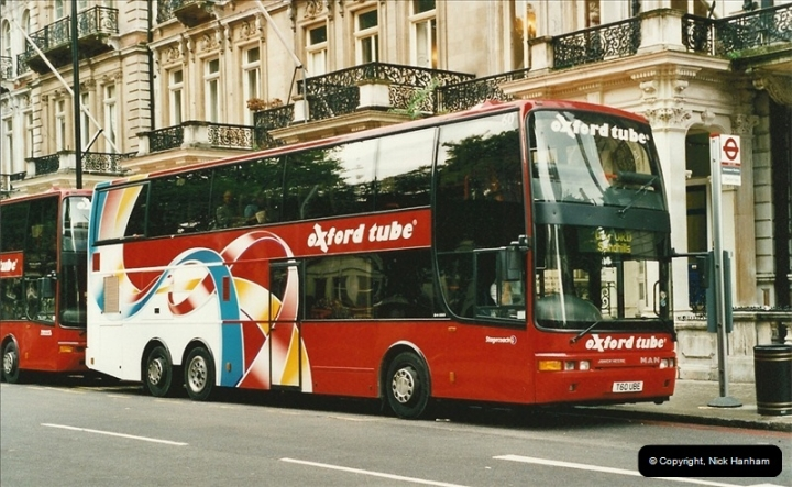 London Buses 1963 to 2007.  (570) 570