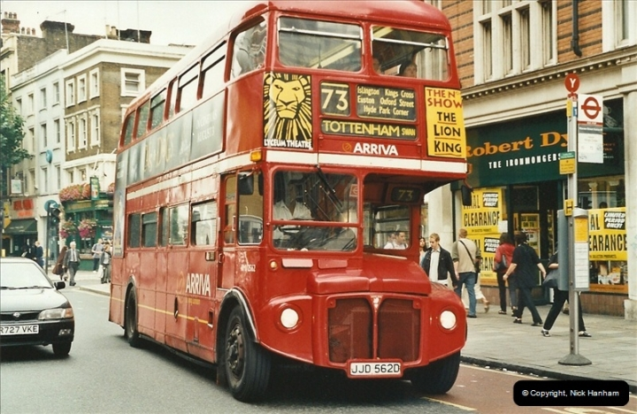London Buses 1963 to 2007.  (574) 574