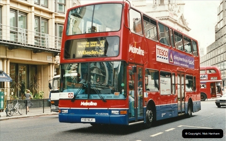 London Buses 1963 to 2007.  (586) 586