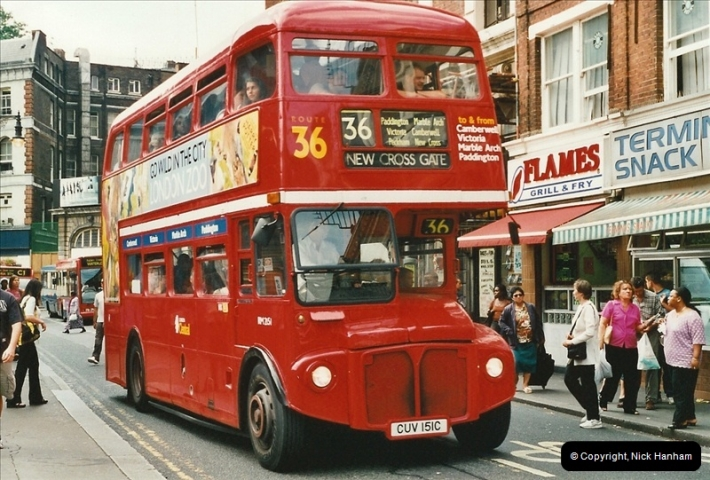 London Buses 1963 to 2007.  (589) 589