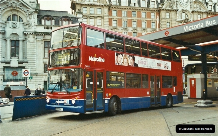 London Buses 1963 to 2007.  (610) 610