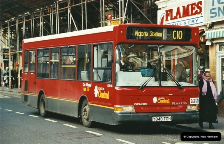 London Buses 1963 to 2007.  (614) 614