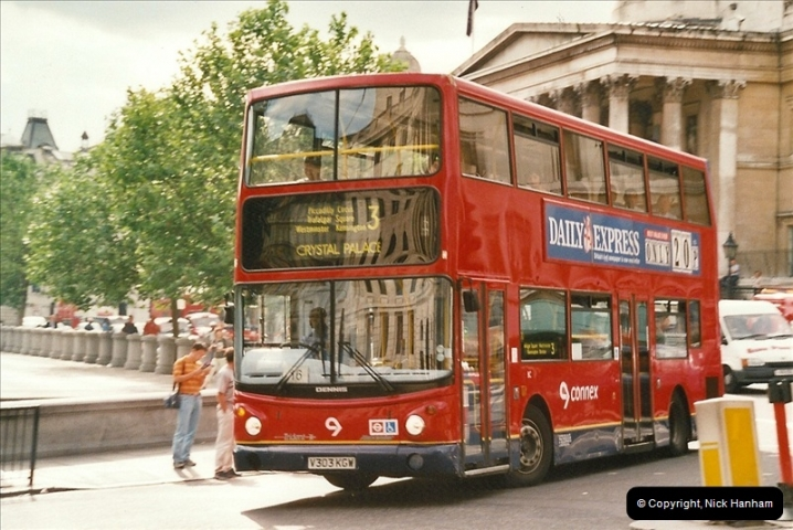 London Buses 1963 to 2007.  (628) 628