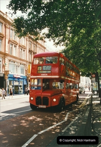London Buses 1963 to 2007.  (632) 632