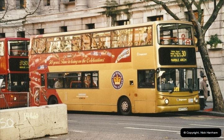 London Buses 1963 to 2007.  (640) 640