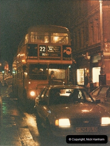 London Buses 1963 to 2007.  (92) 092
