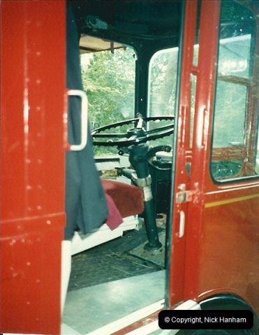 London Buses 1963 to 2007.  (98) 098