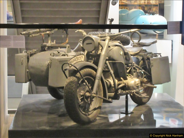 2017-09-17 & 18 London and the IWM.  (231)231