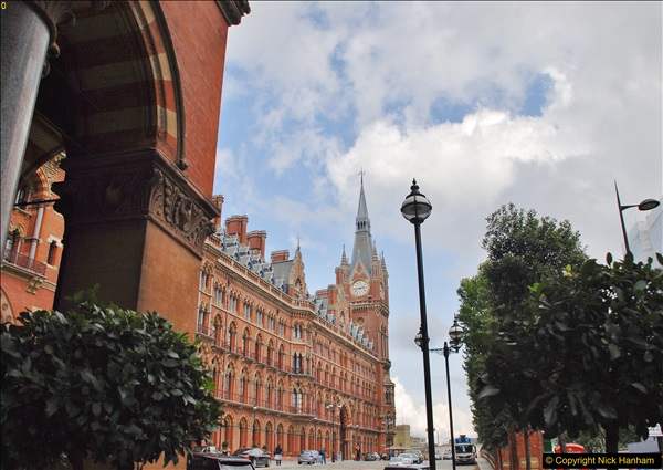 2017-09-17 & 18 London and the IWM.  (81)081
