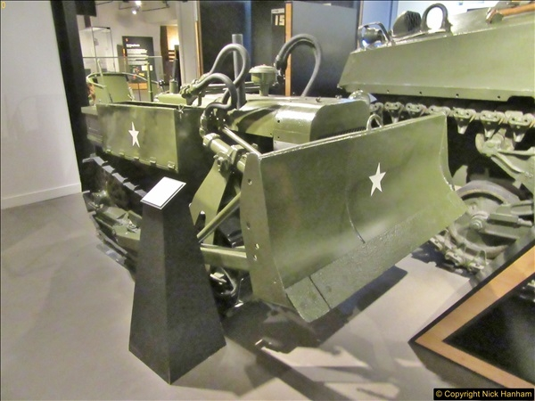 2017-09-17 & 18 London and the IWM.  (233)233