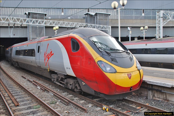 2017-09-17 London Stations 1.  (10)010