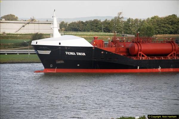 2014-10-09 Kiel Canal Transit.  (21)21