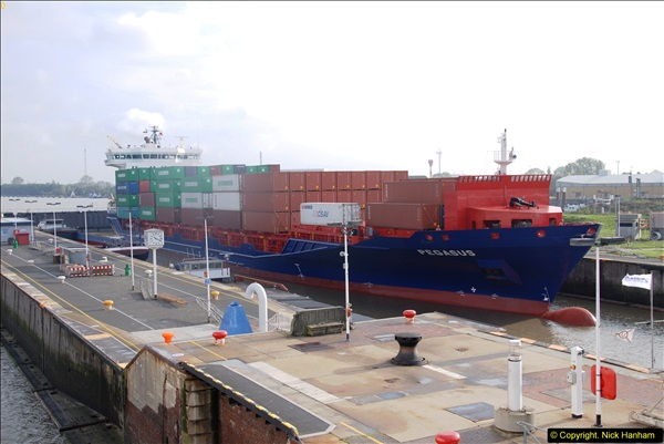 2014-10-09 Kiel Canal Transit.  (3)03