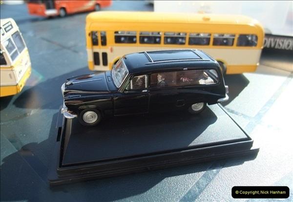 2009-09-27 Model Bus Group Meeting.  (1)
