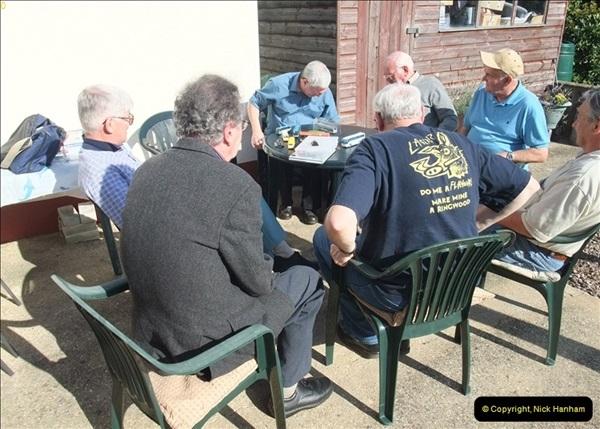 2009-09-27 Model Bus Group Meeting.  (5)