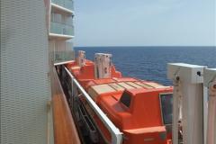 2016-10-08 At sea.  (74)074