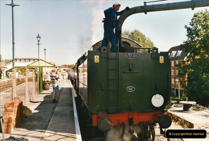 2004-09-08 The Mid Hants Railway.  (17)077