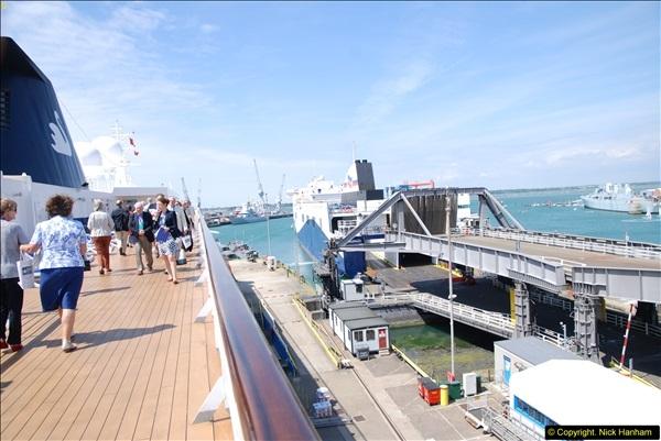 2014-07-01 Visit to MV Minerva @ Portsmouth, Hampshire.  (34)034