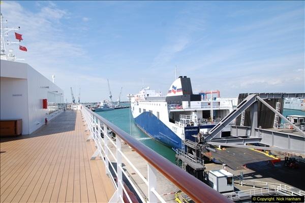 2014-07-01 Visit to MV Minerva @ Portsmouth, Hampshire.  (35)035