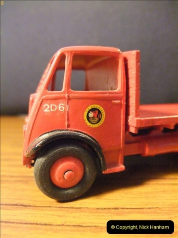 Dinky Toy model conversions.  (12)27