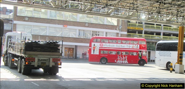 2018-04-20 Victoria Coach Station, London.  (4)140