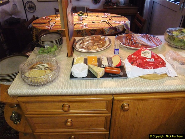 2014-12-31 & 2015-01-01 New Year Party food preparation.  (78)078