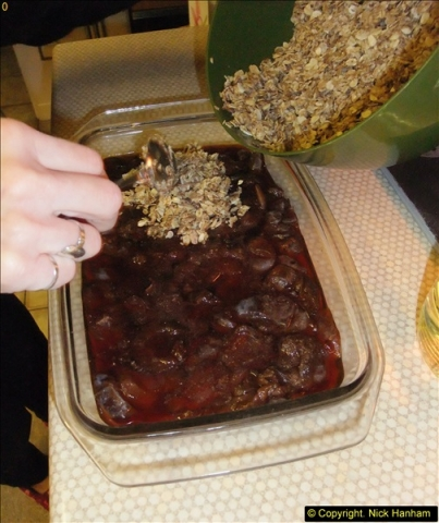 2014-12-31 & 2015-01-01 New Year Party food preparation.  (57)057