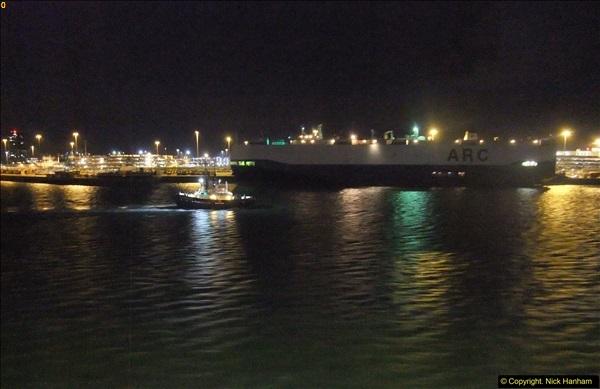2015-12-09 Southampton and P&O Oriana. (137)137