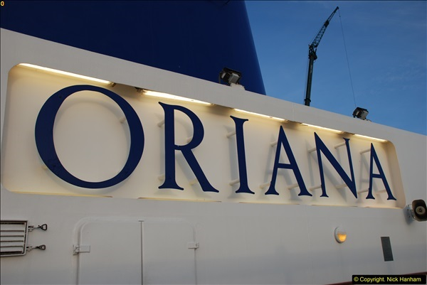 2015-12-09 Southampton and P&O Oriana. (83)083