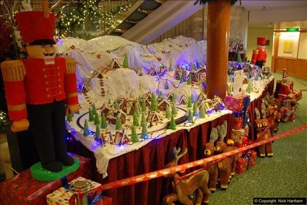 2015-12-09 to 21 Food and food displays on Oriana (62)62